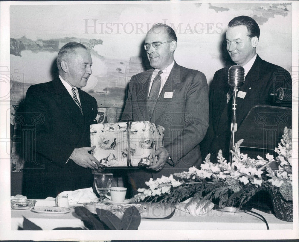 1953 United Air Lines President WA Patterson, John Garlick Press Photo - Historic Images