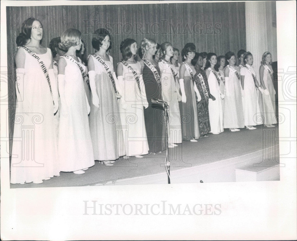 1969 Miss St Petersburg, Florida 1969 Becky Sutterlin & Contestants Press Photo - Historic Images