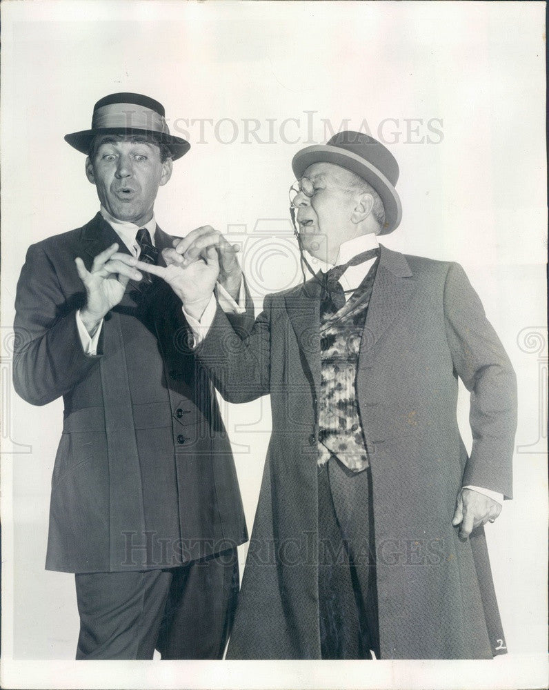 1959 Actors Forrest Tucker & Cliff Hall in The Music Man Press Photo - Historic Images