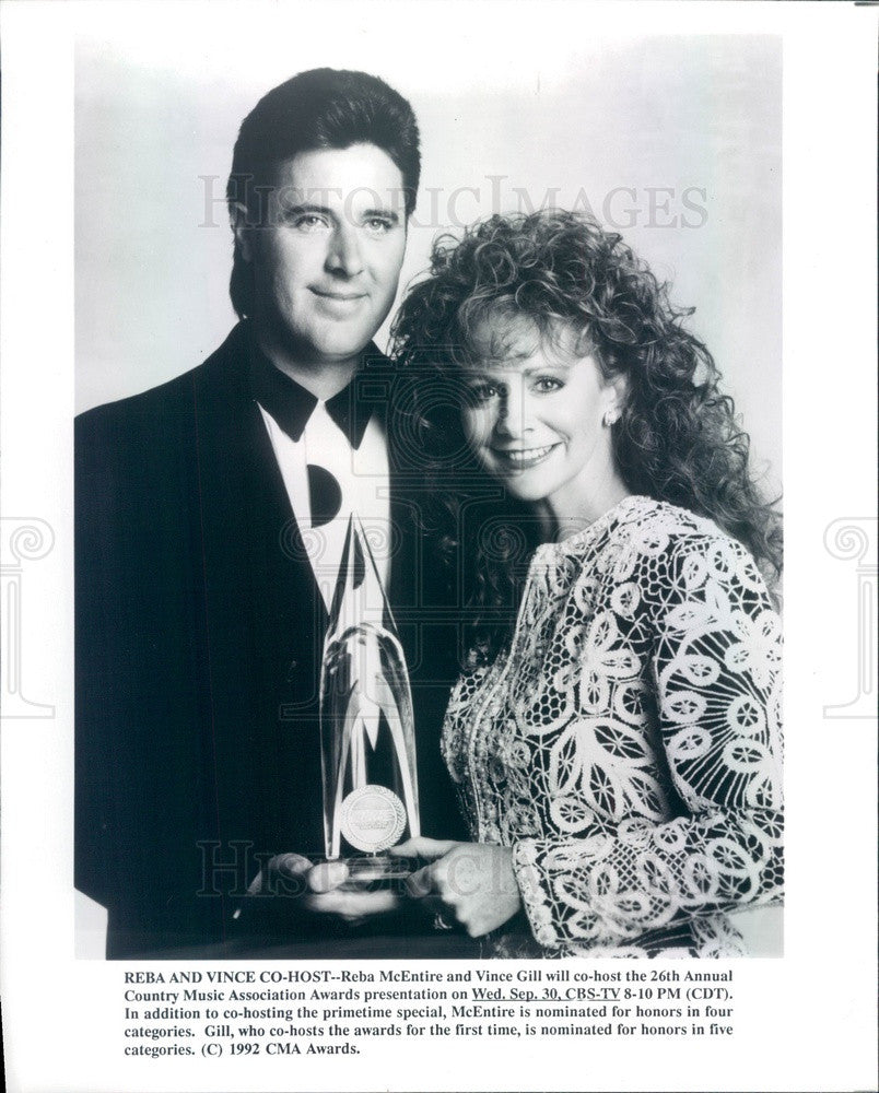 1992 Country Music Singers Reba McEntire & Vince Gill Press Photo - Historic Images