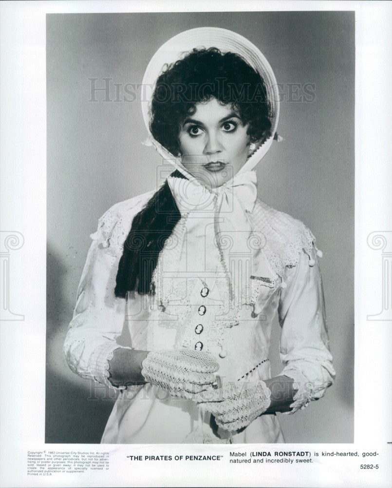 1983 Hollywood Actress Linda Ronstadt in The Pirates of Penzance Press Photo - Historic Images