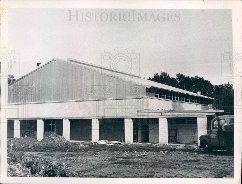 1960 Brooksville, FL Hernando High School Gymnatorium Construction Press Photo - Historic Images