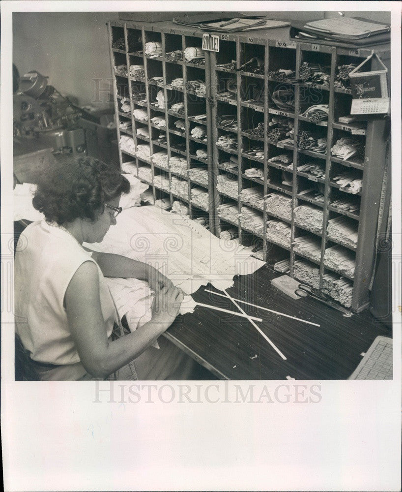 1957 St Petersburg, FL Barcley Corset Co, Boning Strips Inserted Press Photo - Historic Images