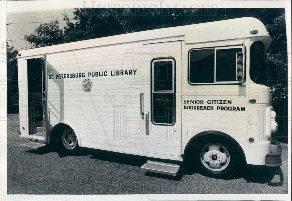 1978 St Petersburg, Florida Mobile Library, Senior Citizen Bookreach Press Photo - Historic Images