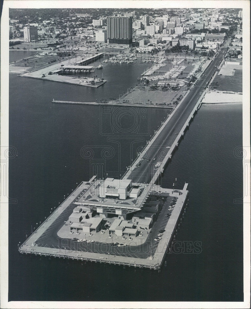 1975 St Petersburg, Florida Municipal Pier Aerial View Press Photo - Historic Images