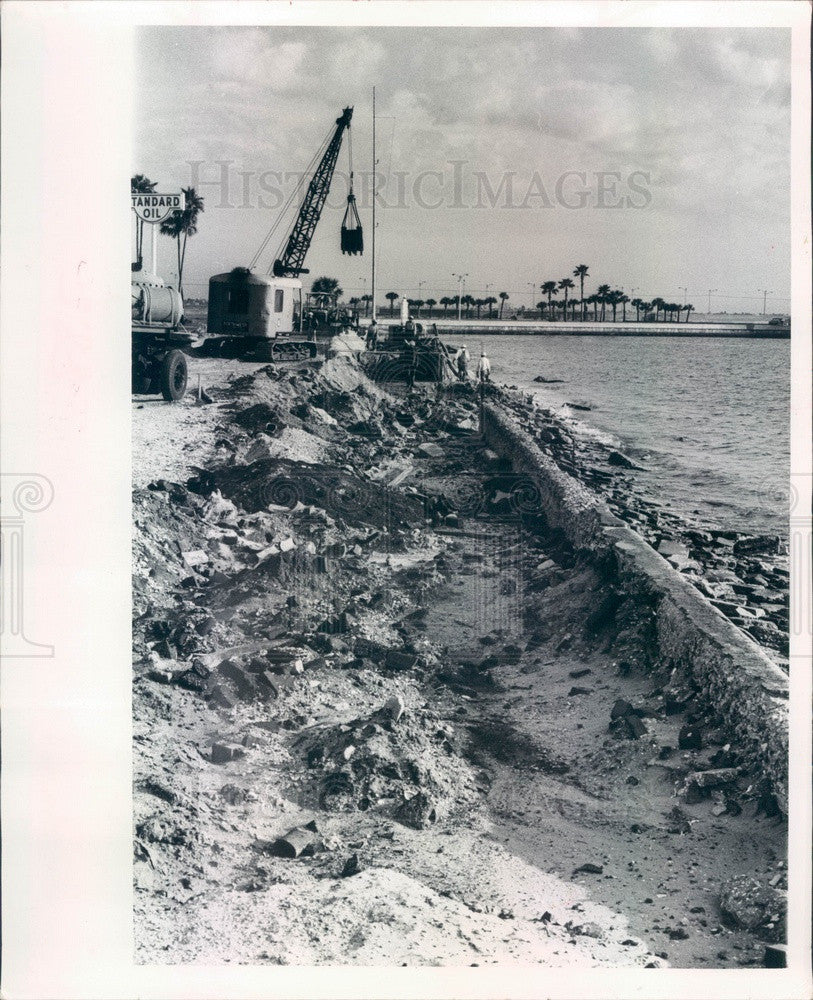 1965 St. Petersburg Florida South Mole Seawall Construction Press Photo - Historic Images