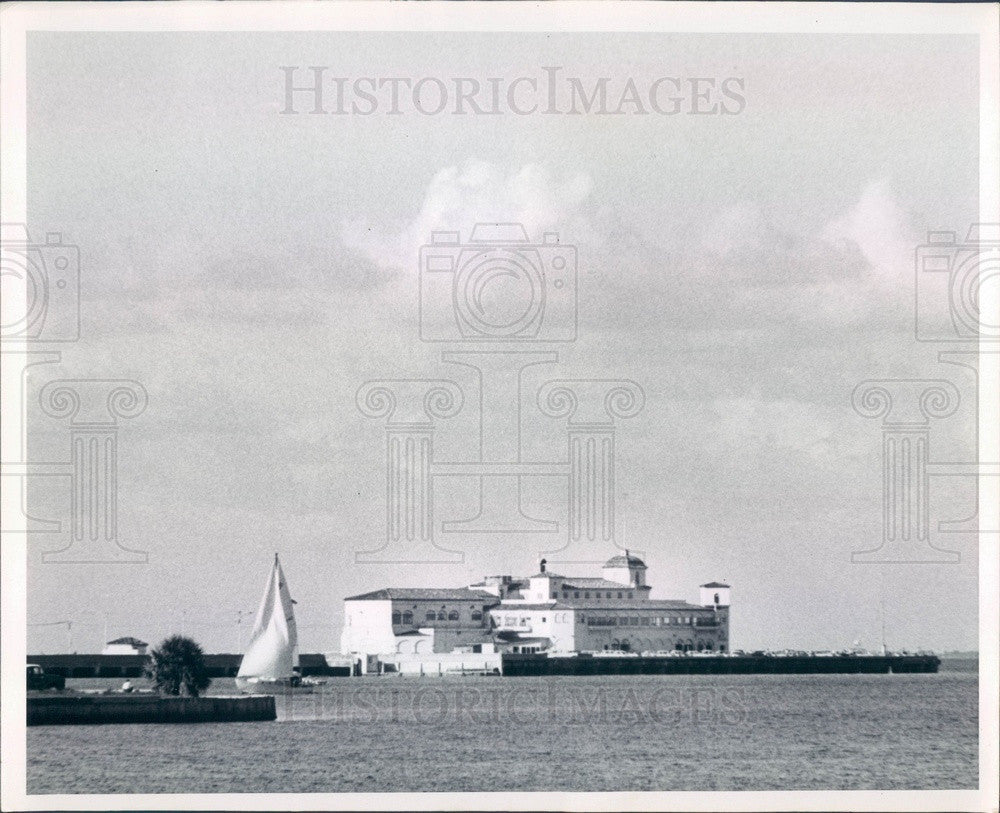1967 St Petersburg, Florida Million-Dollar Municipal Pier Press Photo - Historic Images