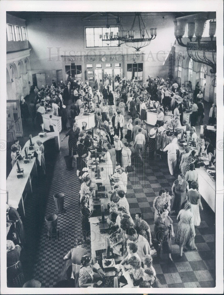 1956 Moscow, Russia Central Market Press Photo - Historic Images