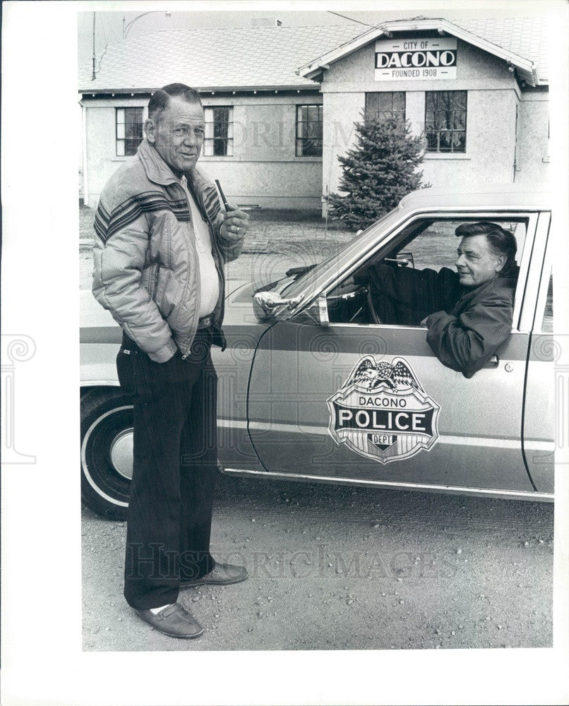 1983 Dacono, CO Police Chief Ted Kozanecki & Mayor Everett Conner Press Photo - Historic Images