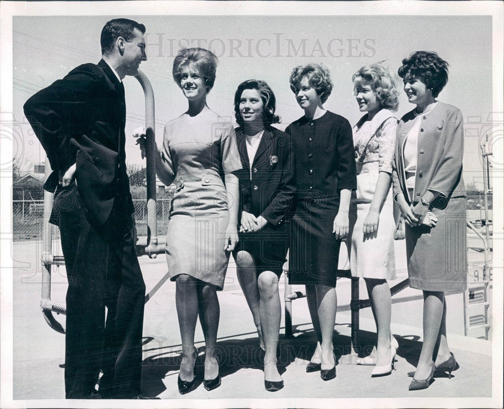 1963 Miss Denver, Colorado Contestants Pat Young, Catherine Bell Press Photo - Historic Images