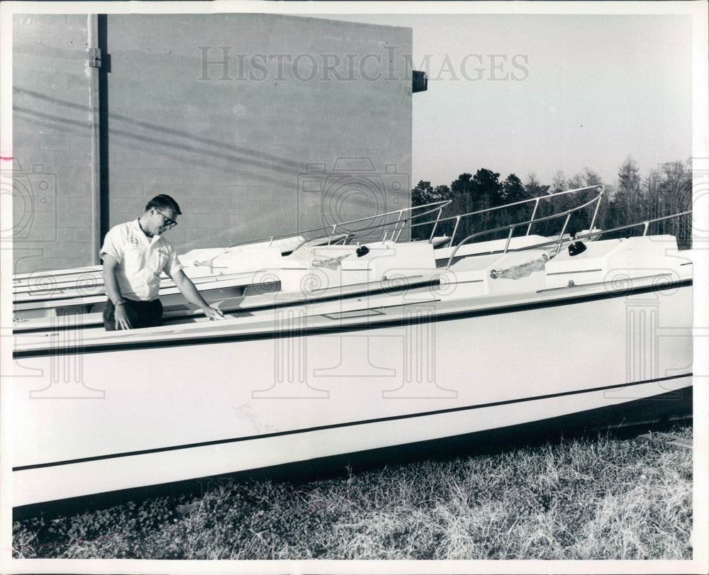 1970 Homosassa Springs, FL Pro-Line Boat Works Owner Dan Atwood Press Photo - Historic Images