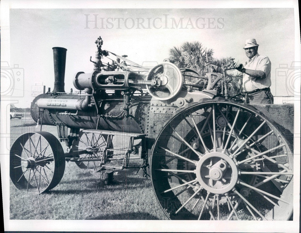 1974 Lakeland, Florida Glen Knuth & His Case Tractor Press Photo - Historic Images