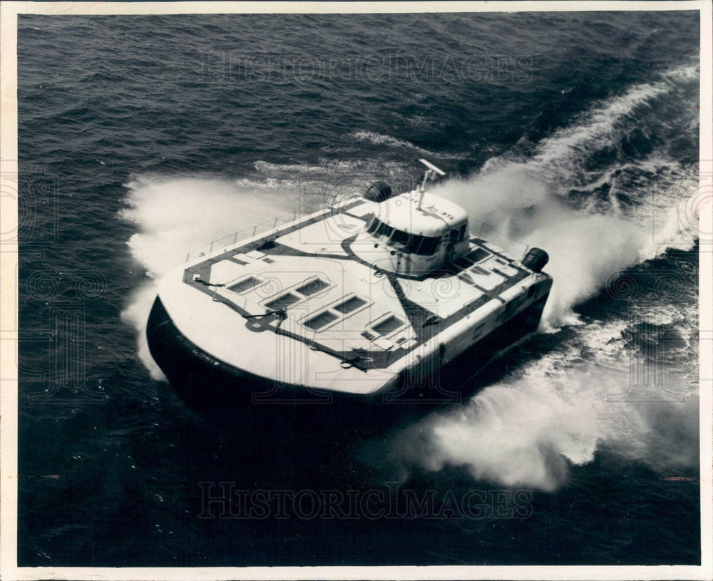 1973 US Navy Experimental Boat SES-100B Supported By Cushion of Air Press Photo - Historic Images