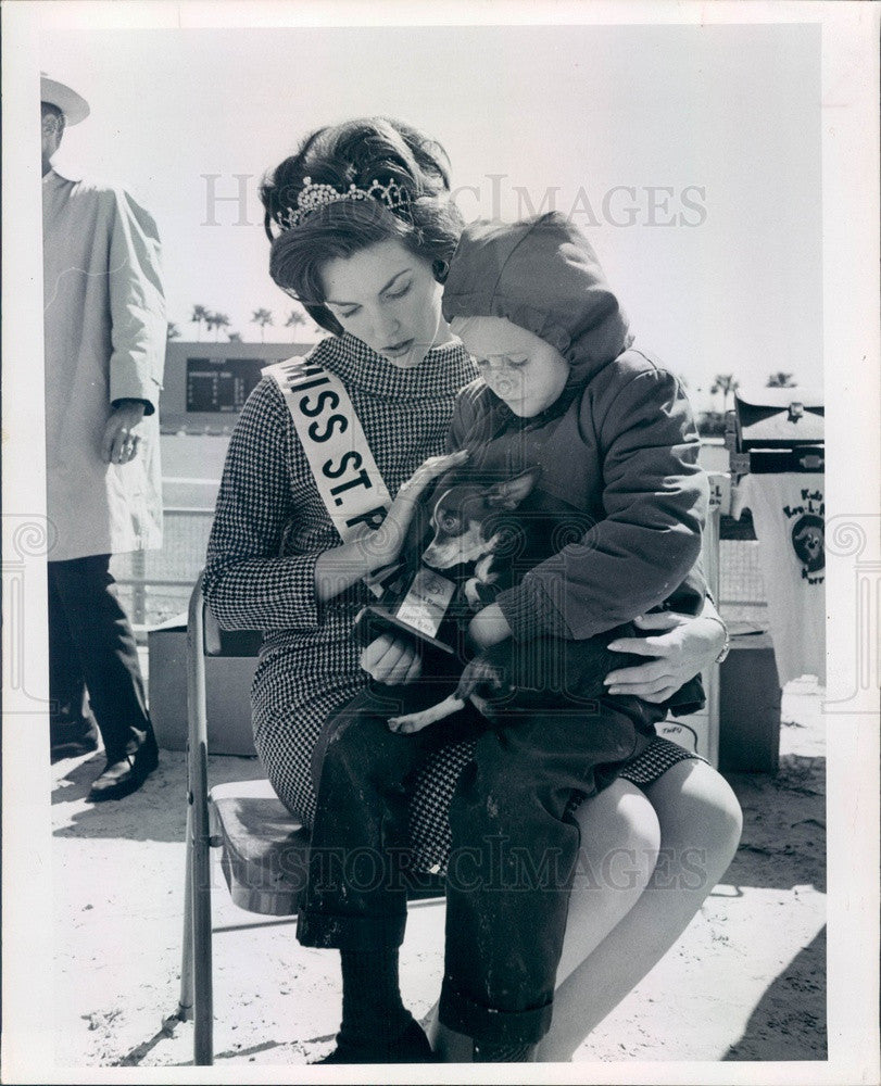 1967 Miss St Petersburg, FL Diane Bockstantz & Jaycees Mutt Derby Press Photo - Historic Images