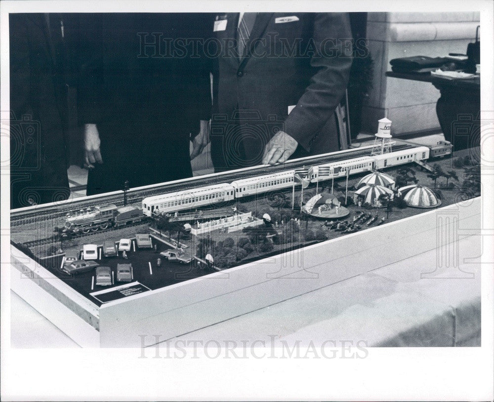 1969 Detroit, Michigan Art Institute Michigan Artrain Scale Model Press Photo - Historic Images
