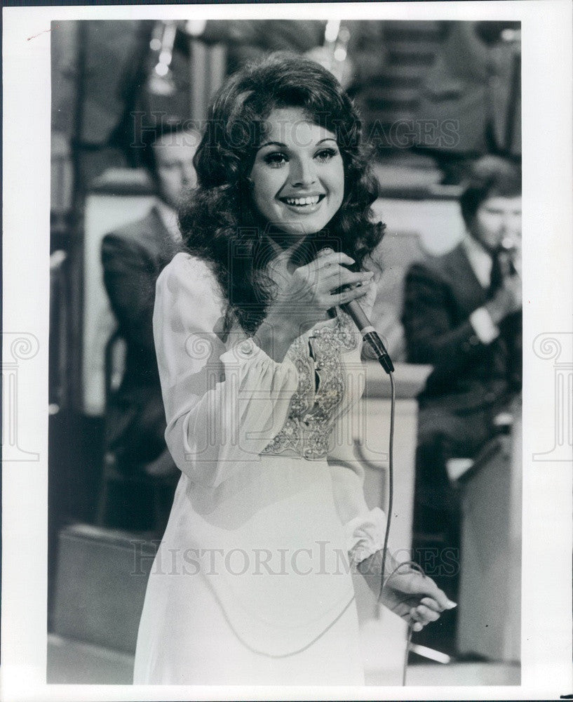 1975 Singer Anacani of TV Show Lawrence Welk Press Photo - Historic Images
