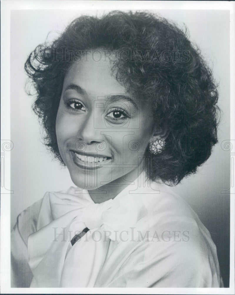 Undated Ebony/Jet TV News Anchor & Talk Show Host Deborah Crable Press Photo - Historic Images