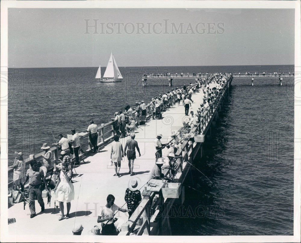 1972 Pinellas County, Florida Fort De Soto Park Andrew Potter Pier Press Photo - Historic Images