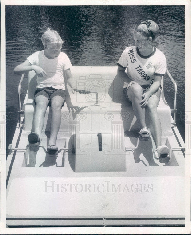 1967 Tarpon Springs, Florida AL Anderson County Park Paddle Boat Press Photo - Historic Images