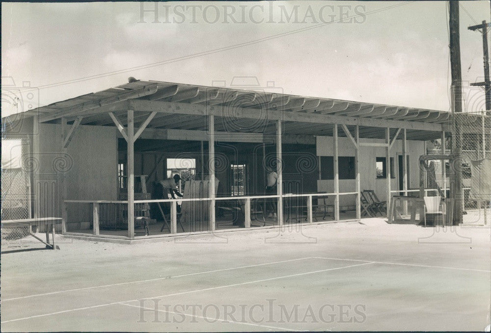 1950 St Petersburg, Florida Bartlett Park Tennis Club Clubhouse Press Photo - Historic Images