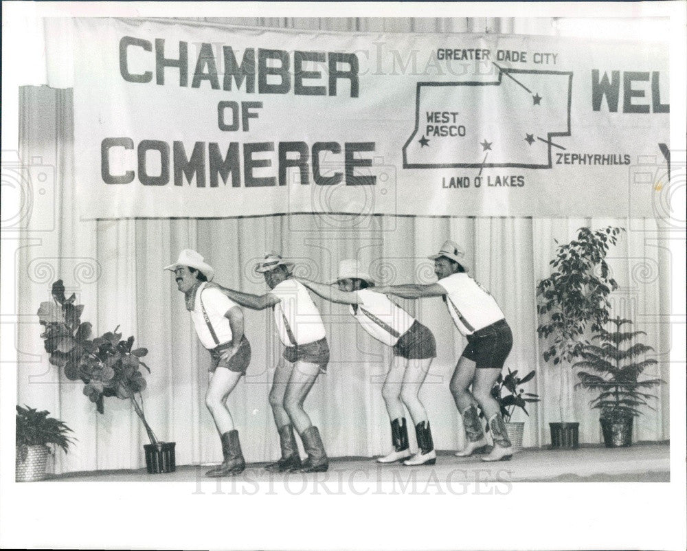 1992 Land O' Lakes, Florida Chamber of Commerce Mr. Legs Contest Press Photo - Historic Images