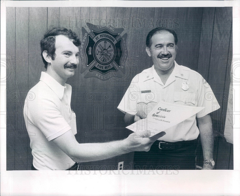 1981 St Petersburg, Florida Fire Chief Louis Trujillo & John Turner Press Photo - Historic Images