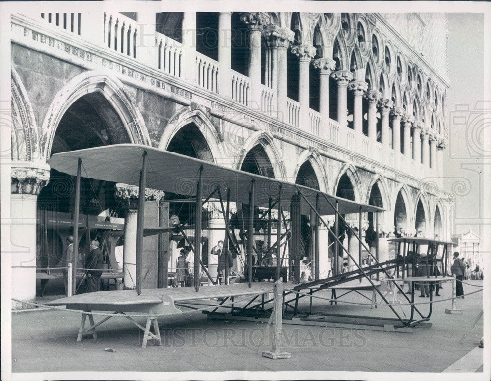 1960 Venice, Italy Wright Brothers Plane Replica in St Mark's Square Press Photo - Historic Images