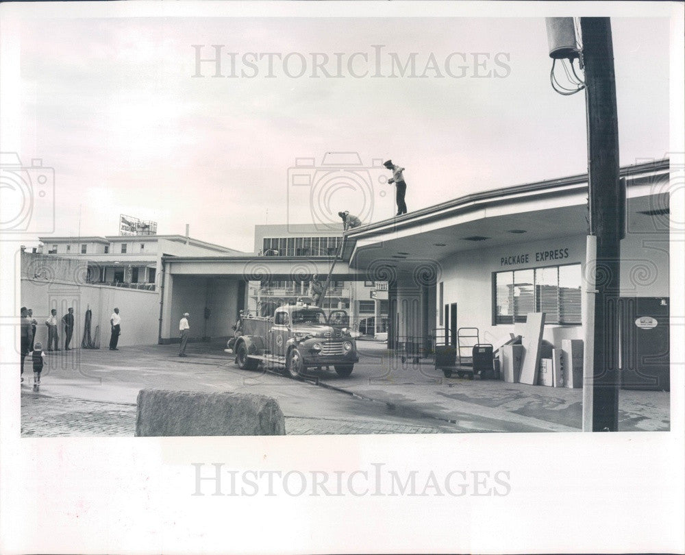 1964 St Petersburg, Florida Firemen on Call at Greyhound Bus Station Press Photo - Historic Images