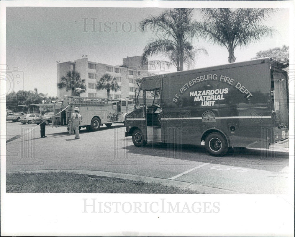 1986 St Petersburg, Florida Fire Department Vehicles Press Photo - Historic Images