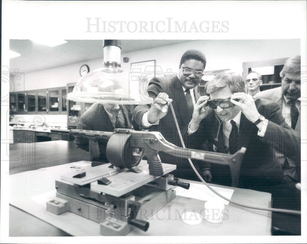 1989 Detroit, Michigan Governor James Blanchard Press Photo - Historic Images