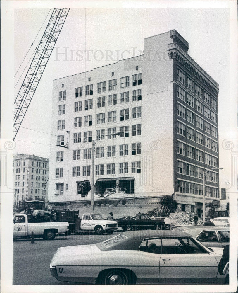 1976 St. Petersburg, FL Florida National Bank Building Demolition Press Photo - Historic Images