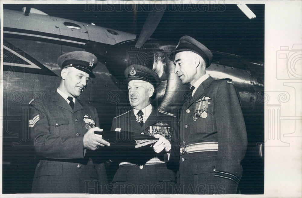 Undated Canada Air Force Sgt Paul Pawliuk, Bud McNair Press Photo - Historic Images
