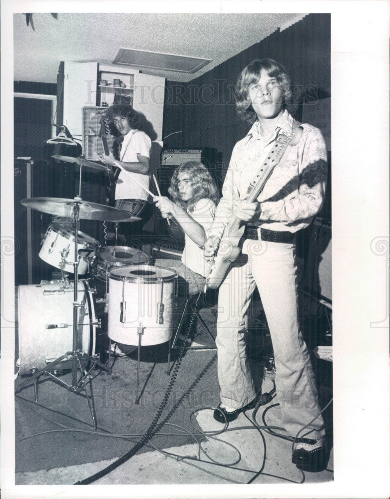 1975 St Petersburg, Florida Andrews Brothers Band Press Photo - Historic Images