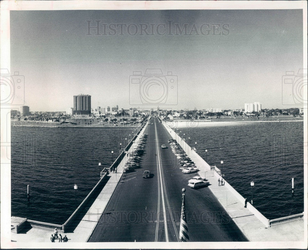 1976 St Petersburg, Florida View of City From Pier Press Photo - Historic Images