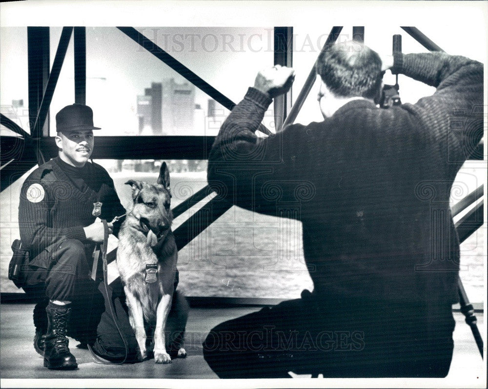 1994 Boston, MA Police Officer Troy Caisey & Dog Romen Press Photo - Historic Images