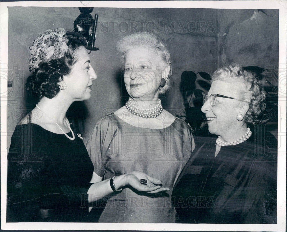 1958 Boston MA Girls' Clubs Pres Mrs Byron Tosi, Judge Sybil Holmes Press Photo - Historic Images