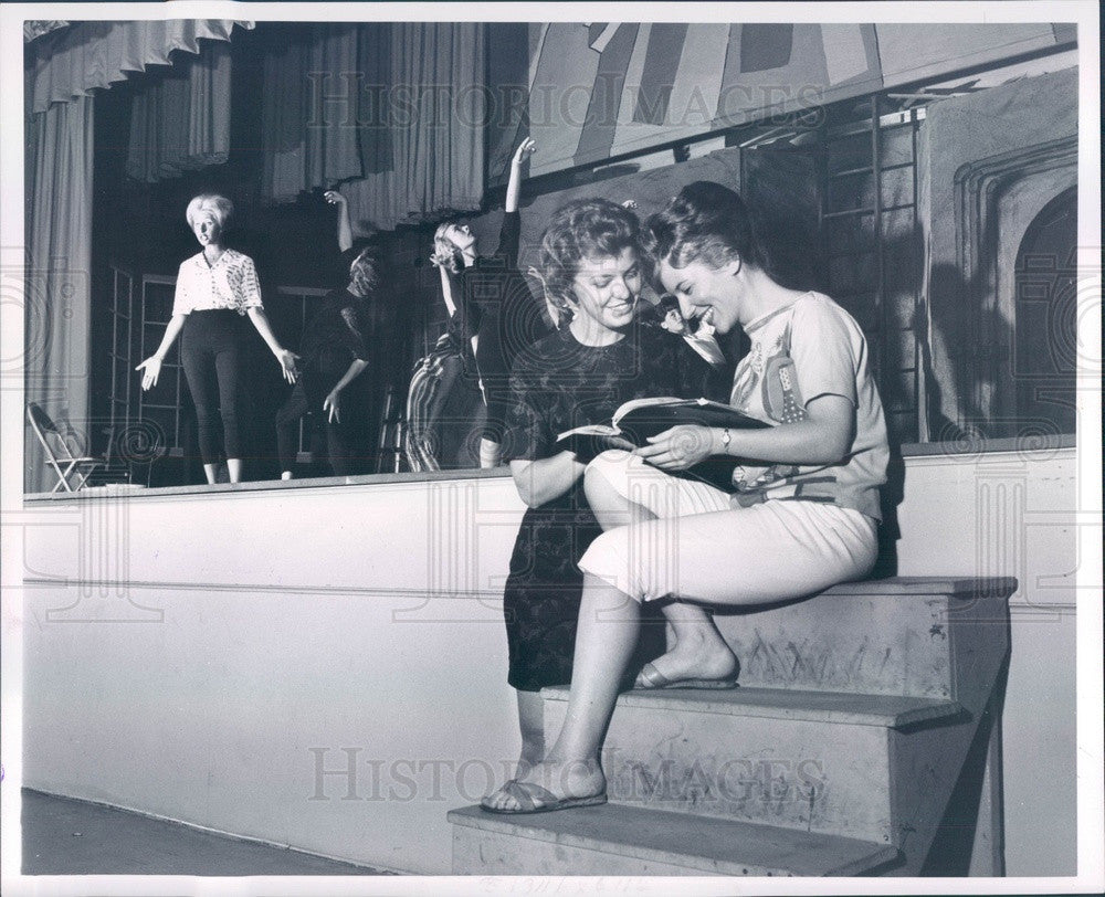 1962 Detroit, Michigan Theater Director Nancy Engel, Aggie Usedly Press Photo - Historic Images