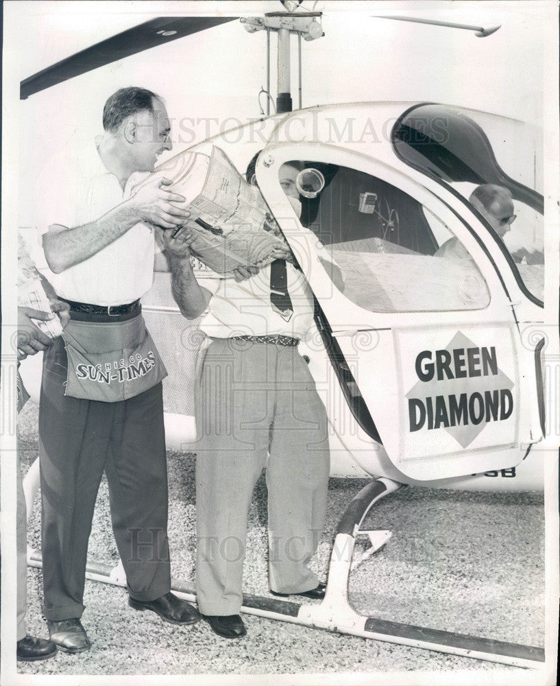 1956 Chicago, IL Sun-Times Helicopter Loaded With Green Diamond Press Photo - Historic Images