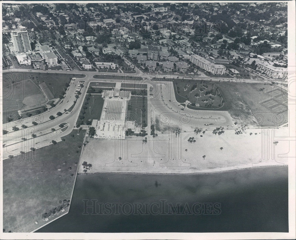 1969 St. Petersburg, Florida North Shore Park Beach Aerial View Press Photo - Historic Images