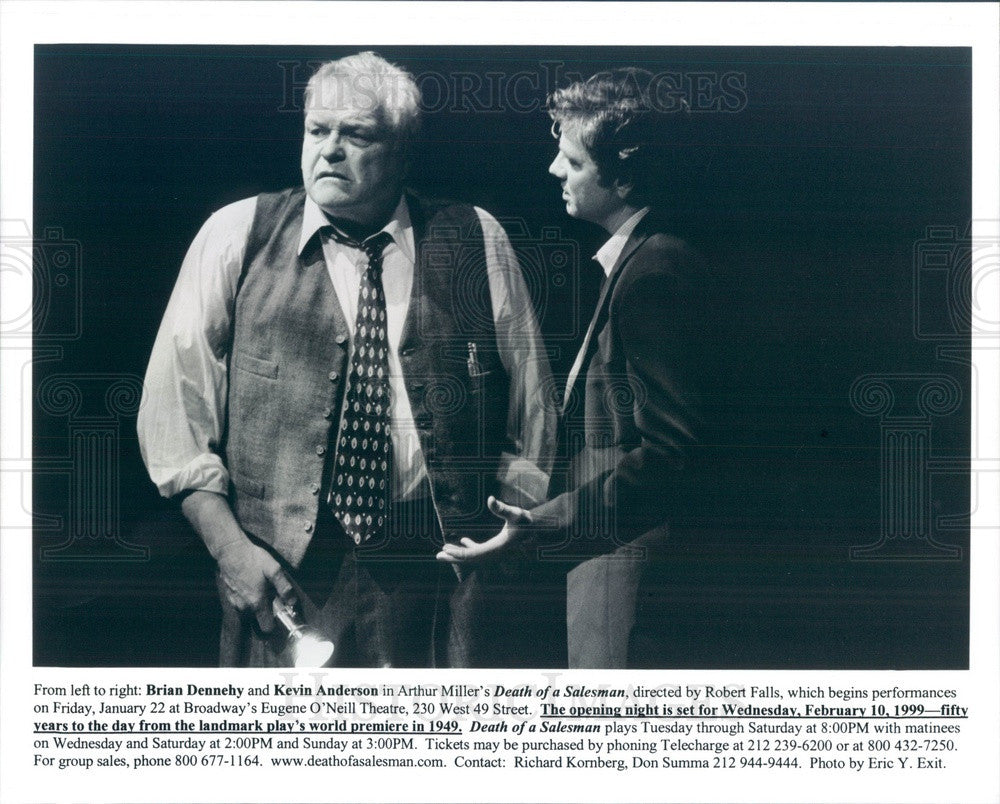 1999 Actors Kevin Anderson, Brian Dennehy in Death of a Salesman Press Photo - Historic Images