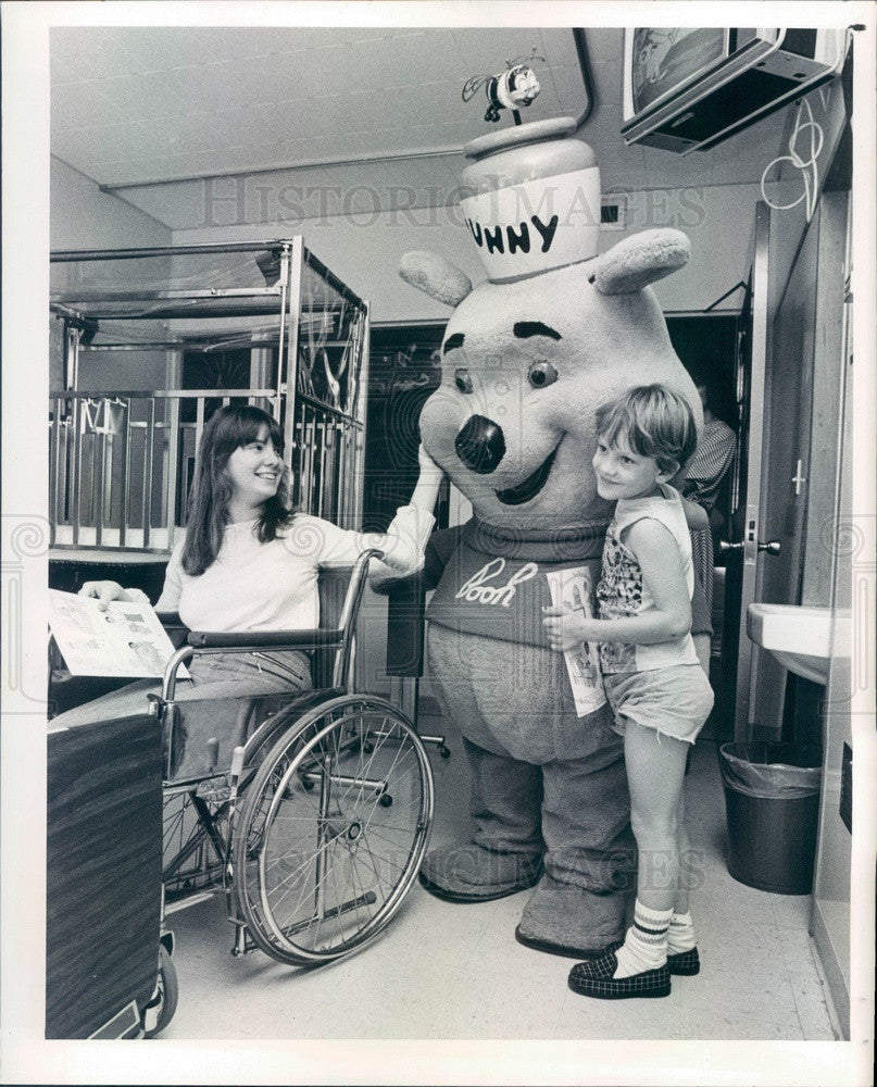 1978 Cartoon Character Winnie-the-Pooh at St. Petersburg, FL Press Photo - Historic Images