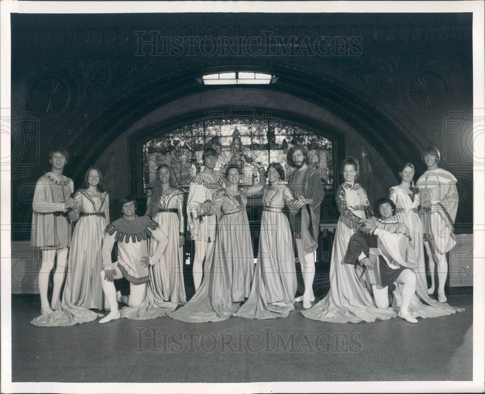 1972 St. Louis, Missouri Webster College Madrigal Singers Press Photo - Historic Images
