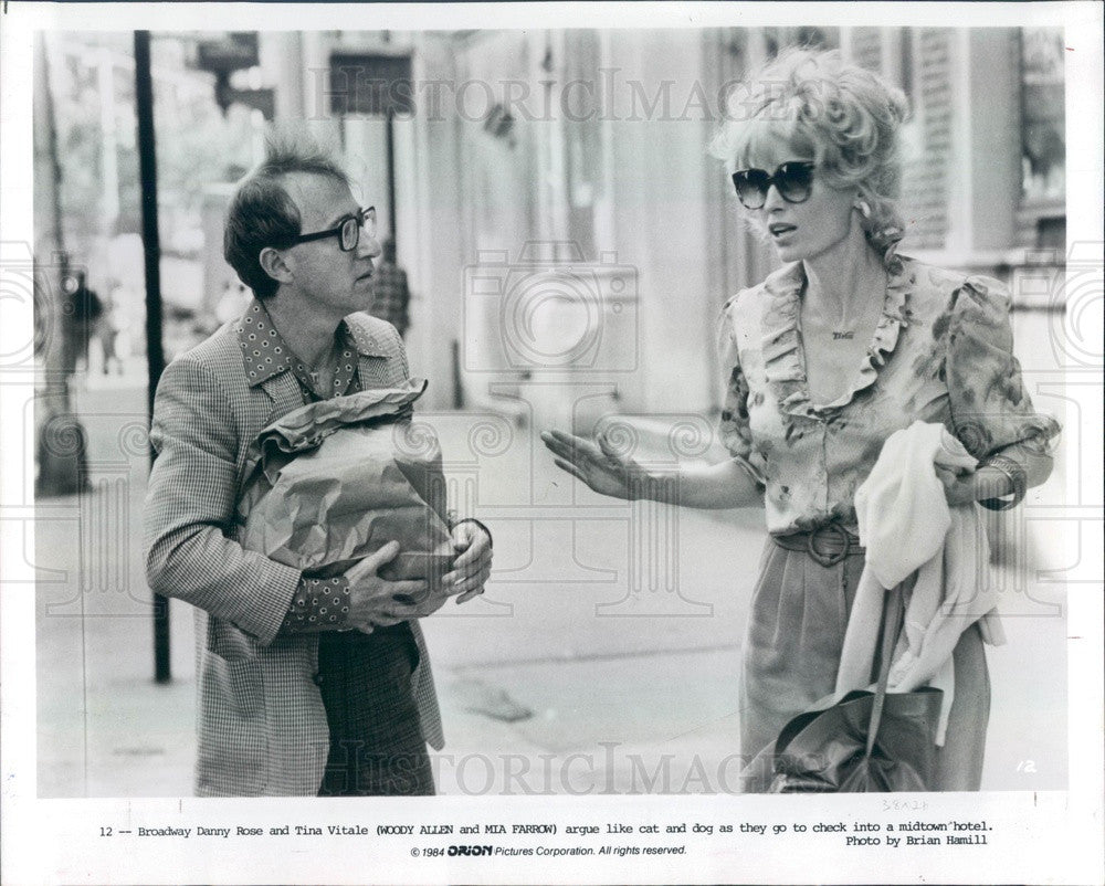 1984 American Hollywood Actors Woody Allen & Mia Farrow Press Photo - Historic Images