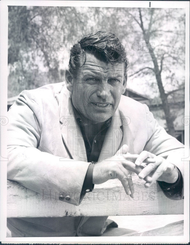 1963 American Hollywood Actor Richard Egan Press Photo - Historic Images