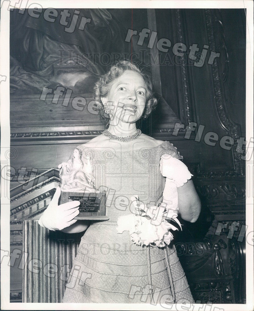 1955 EGOT Winning American Actress Helen Hayes Press Photo ads97 - Historic Images