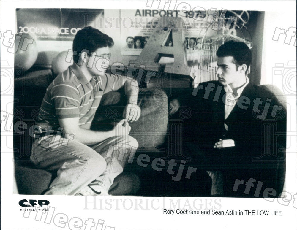Undated Actors Rory Cochrane, Sean Astin in Film The Low Life Press Photo adt197 - Historic Images