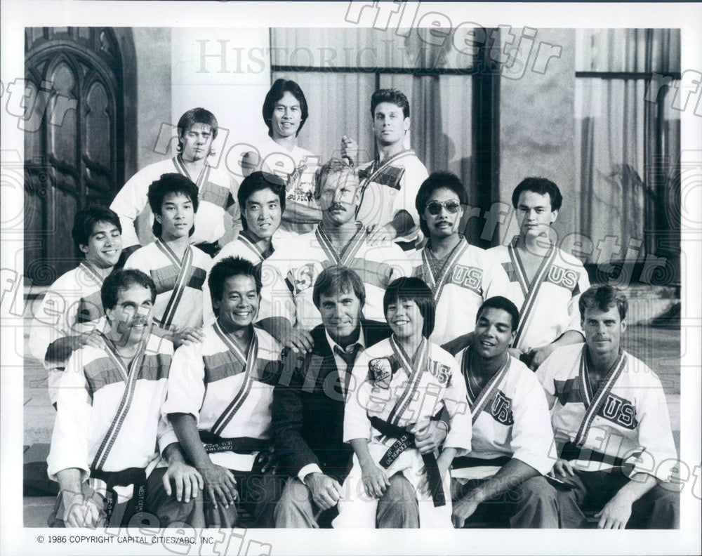 1986 Actors Gil Gerard, Ernie Reyes Sr, Ernie Reyes Jr Press Photo adu413 - Historic Images