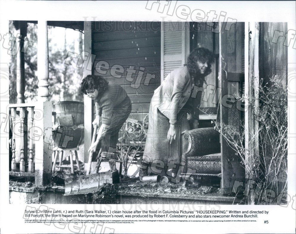 1986 Actresses Christine Lahti & Sara Walker in Film Press Photo adu585 - Historic Images