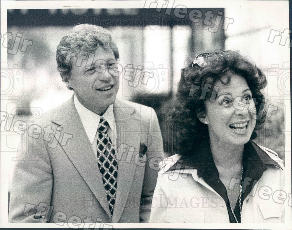 1977 Emmy Winning Actors, Singers Steve Lawrence, Eydie Gorme Press Photo adv127 - Historic Images