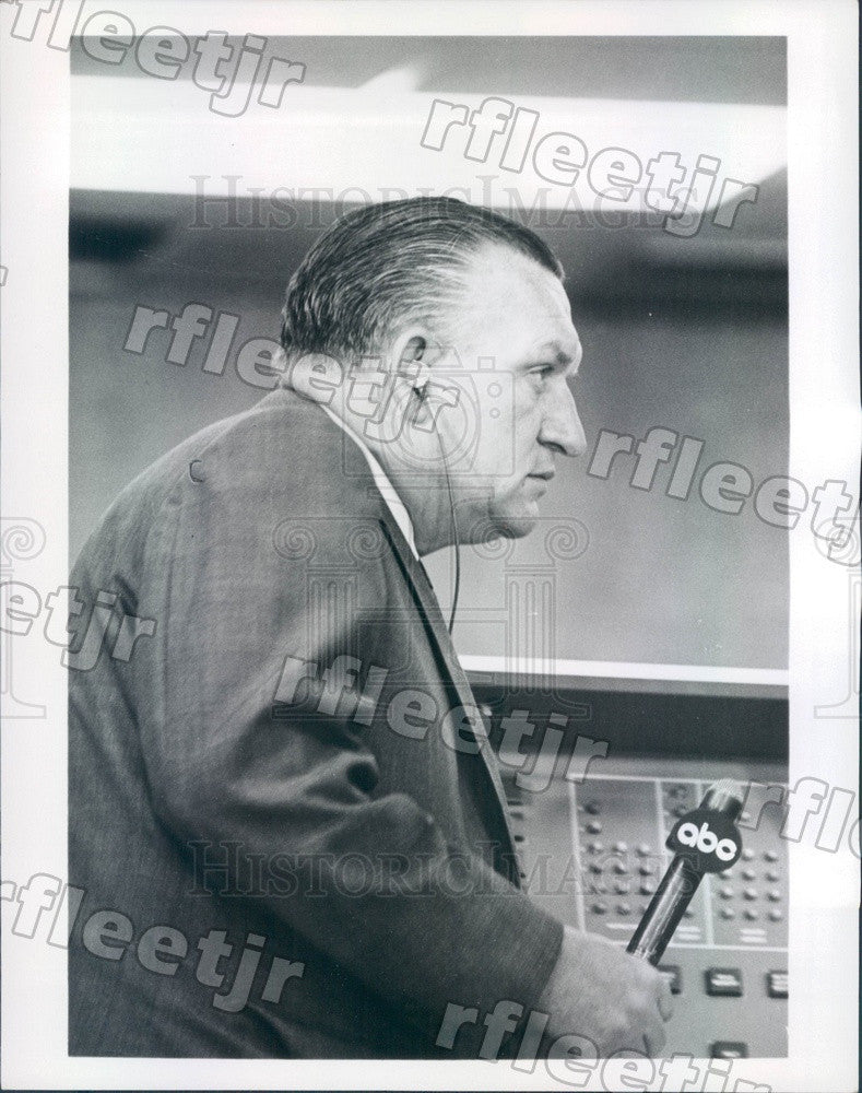 1968 ABC News Anchor Bill Lawrence, Peabody Award Winner Press Photo adv129 - Historic Images